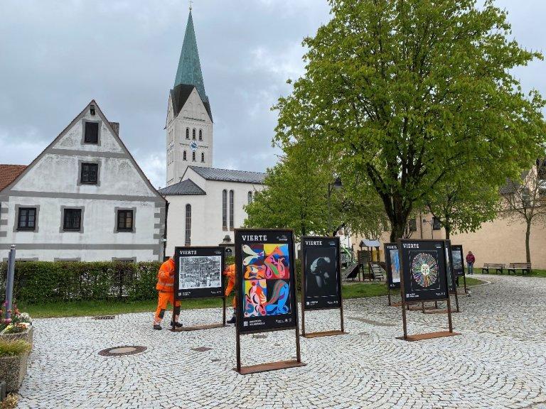 Oberer Markt Kunstausstellung Bild 2